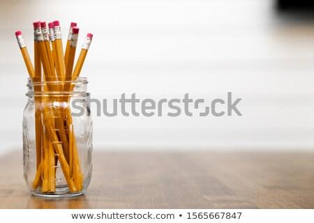 Kavanoz kalemler okul nesneler yeşil ahşap Stok fotoğraf © inaquim