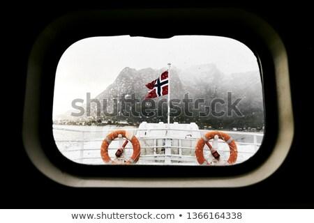 Balsa água segurança laranja oceano navio Foto stock © tarczas