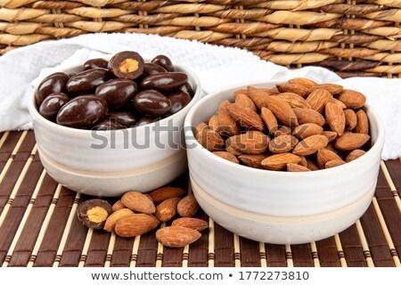 chocolate · cubierto · nueces · detalle · fotograma · completo - foto stock © digifoodstock