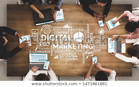 Online marketing tekst Blauw wereldkaart sociale iconen Stockfoto © Mazirama