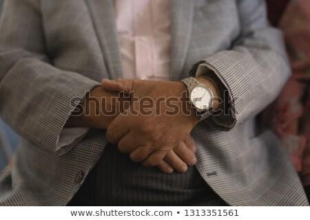 Supérieurs homme pliées mains maison de retraite Photo stock © wavebreak_media
