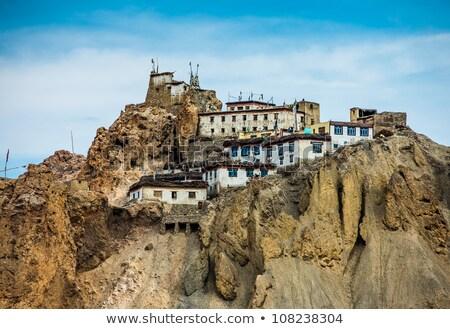 Monasterio valle India escaleras montanas religión Foto stock © dmitry_rukhlenko