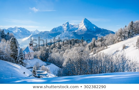 montana · nieve · invierno · paisaje · alpes · tarde - foto stock © meinzahn
