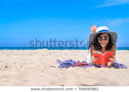 libro · abierto · ebook · lector · verde · papel · libro - foto stock © hofmeester