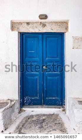 Antik kék fából készült ajtó fém postaláda Stock fotó © Photooiasson