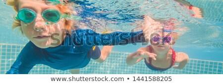 Dzieci gry podwodne basen Zdjęcia stock © galitskaya