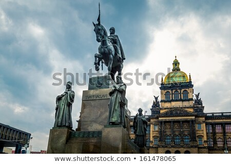 средневековых · Knight · статуя · интерьер · замок · здании - Сток-фото © fyletto