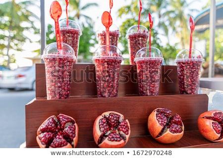 delicioso · frescos · detalle · abierto · granada · todo - foto stock © hypnocreative