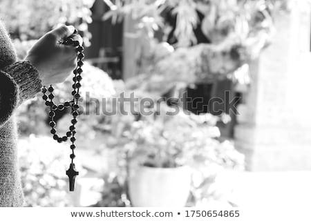 Imádkozik rózsafüzér kezek nő Jézus felirat Stock fotó © Klinker