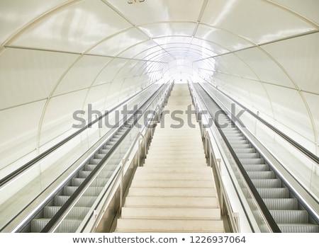 tunelu · lotniska · mechaniczny · budynku · okno - zdjęcia stock © photooiasson