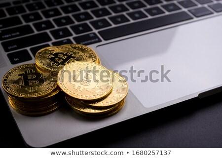 bitcoin · érme · mindkettő · konzerv · használt · videó - stock fotó © stevanovicigor