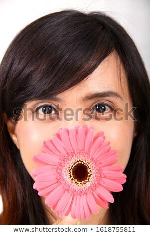 Atraente mulher jovem flor-de-rosa isolado beleza Foto stock © artjazz
