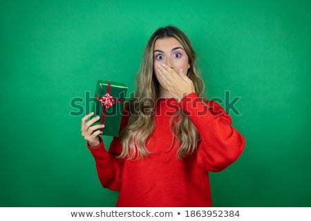 schockiert · aufgeregt · Frau · posiert · isoliert · halten - stock foto © deandrobot