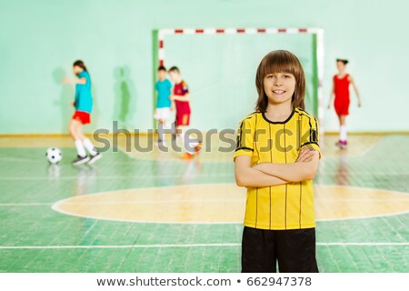 csoport · gyerekek · képzés · bent · futball · osztály - stock fotó © matimix