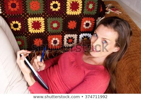 jonge · vrouw · bed · schrijven · merkt · studeren · vrouw - stockfoto © candyboxphoto