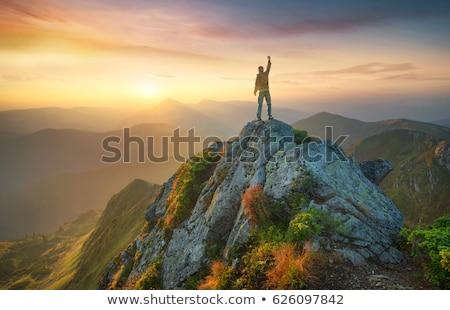 ハイキング 山 ハイカー アクション 高山 谷 ストックフォト © Antonio-S