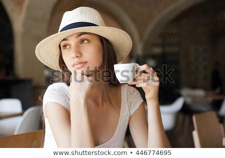 Elegáns káprázatos fiatal barna hajú nő csésze Stock fotó © lithian