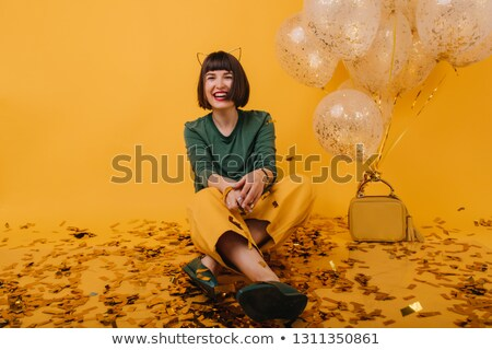 Nina posando de moda primavera cara naturaleza Foto stock © shawlinmohd