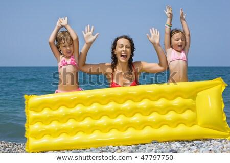 moeder · dochter · zwemmen · zee · familie · kinderen - stockfoto © paha_l