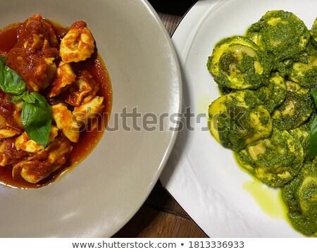 Spinazie room saus parmezaan gevuld pasta Stockfoto © Digifoodstock