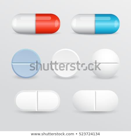 Hólyag izolált orvosi tabletta gyógyszer tabletta Stock fotó © popaukropa
