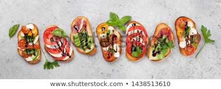 antipasti · vegetariano · bianco · piatto · verde · pane - foto d'archivio © karandaev