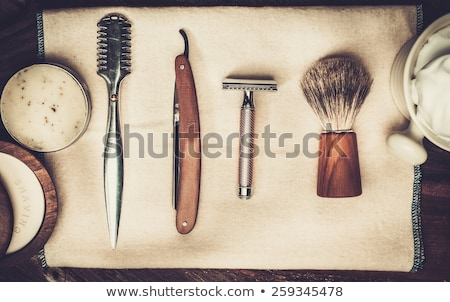 fodrász · egyenes · borotva · közelkép · kéz · férfi - stock fotó © kzenon