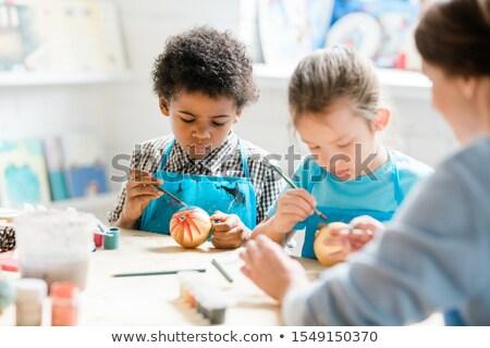 iskolás · lány · festmény · művészet · osztály · általános · iskola · alapfokú - stock fotó © pressmaster