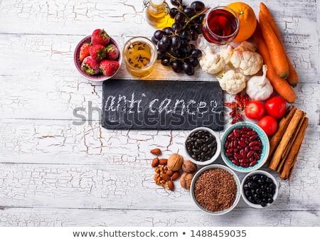 Kanser kavga ürünleri gıda sağlıklı Stok fotoğraf © furmanphoto