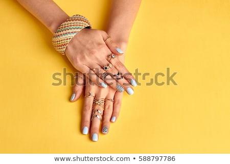 Csinos körmök körömlakk kéz lány szépség Stock fotó © shawlinmohd