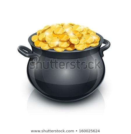 Foto stock: Ouro · pote · completo · moedas · de · ouro · isolado · branco