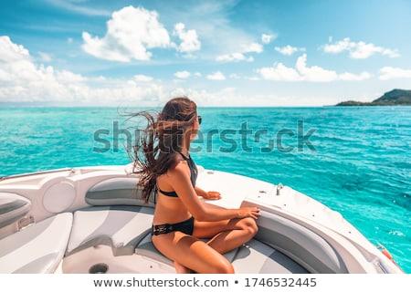 mulher · sessão · barco · lago · natureza · saúde - foto stock © is2