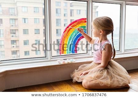 Meisje schilderij regenboog cute doodle twee Stockfoto © zsooofija