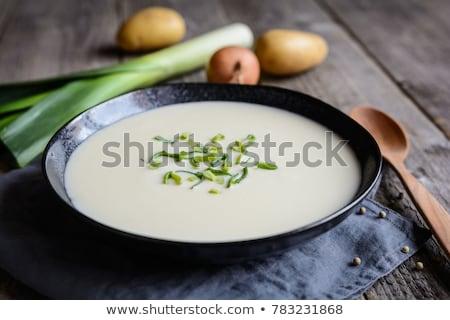 Krumpli póréhagyma tál zöldség krumpli étel Stock fotó © Digifoodstock