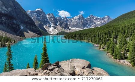 озеро · ледник · каноэ · изумруд · цвета · воды - Сток-фото © hofmeester