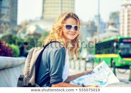 internationale · groep · gelukkig · glimlachend · vrouwen · diversiteit - stockfoto © dolgachov