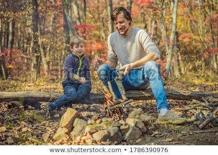 Vader zoon camping familie haren regen melk Stockfoto © photography33