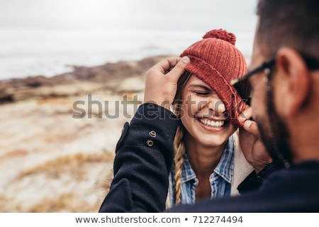 feliz · mulheres · jovens · praia · verão · férias - foto stock © dolgachov