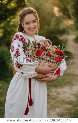 Mooie brunette poseren poppy krans geïsoleerd Stockfoto © acidgrey