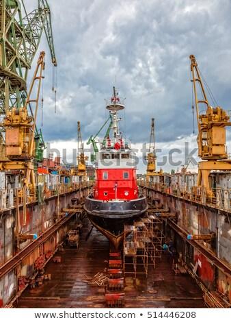 Hajó nagy lebeg száraz dokk égbolt Stock fotó © rufous