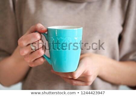manos · taza · mujer · madura · mano · café - foto stock © dashapetrenko