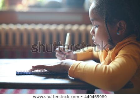 mutlu · gülen · genç · kız - stok fotoğraf © dolgachov