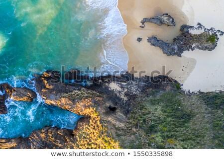 Playa agua túnel secreto ventana alto Foto stock © lovleah