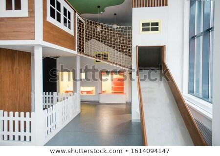 Interieur tijdgenoot kinderen recreatie centrum slide Stockfoto © pressmaster