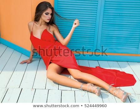 Foto stock: Sorrindo · vermelho · verão · vestir · belo · sorridente