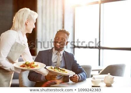 serveerster · twee · platen · vrouw · glimlach · gezicht - stockfoto © photography33