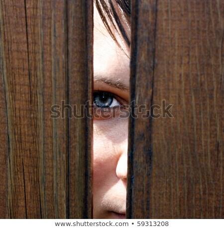 Fille regarder clôture eau heureux mode Photo stock © Marcogovel