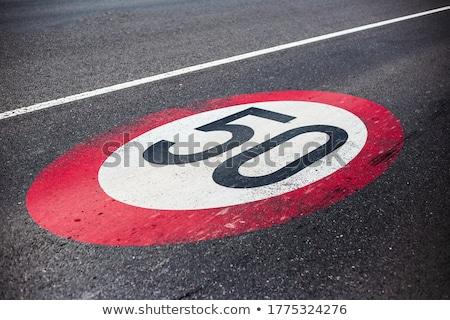 Kilómetro límite de velocidad signo australiano por hora Foto stock © iofoto