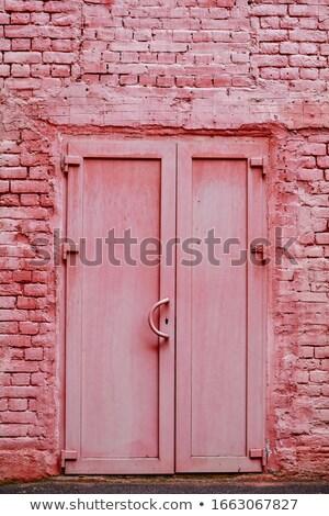 Rood · geschilderd · deur · muur · tonen · gebouw - stockfoto © jenbray