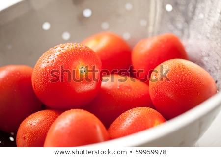 Fresco vibrante romani tomates gotas de água macro Foto stock © feverpitch
